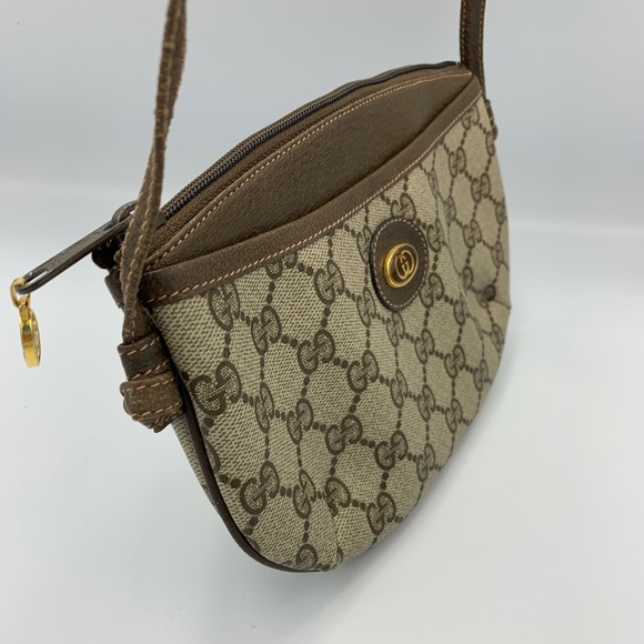 cccbaa5f2c Vintage Gucci crossbody small